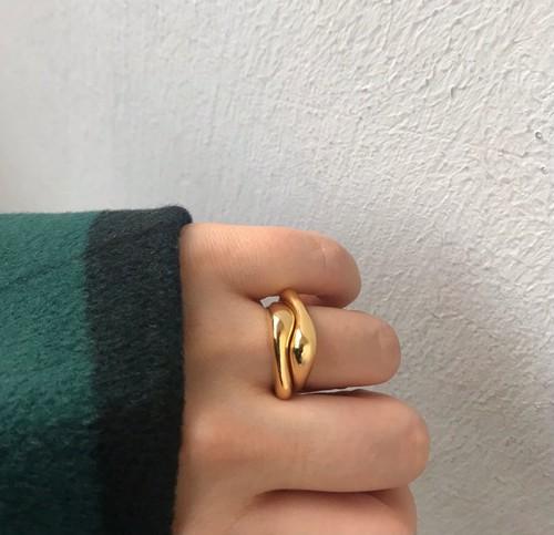 volume layard ring gold