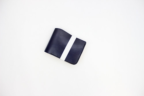 JAPAN LANSUI DESIGN 名入れ対応 ヌメ革手作り手縫い 二つ折り財布 コイン入れ付き横 品番JDNFDS0SDF3