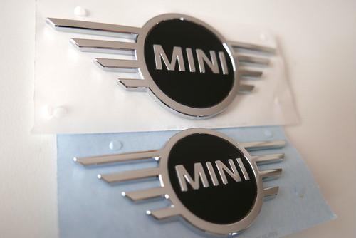(正規輸入品)BMW MINI純正部品 ニューデザイン エンブレム フロント・リア セット 交換説明書付属