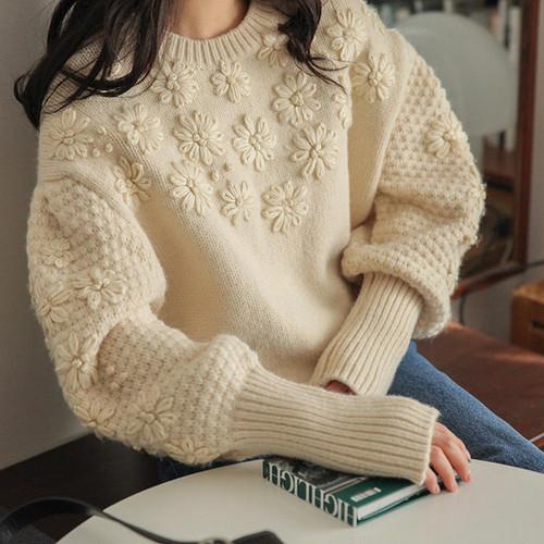 【送料無料 】花刺繍がcute ♡ フェミニン ガーリー 大人可愛い ナチュラル ボリューム袖 ニット セーター トップス