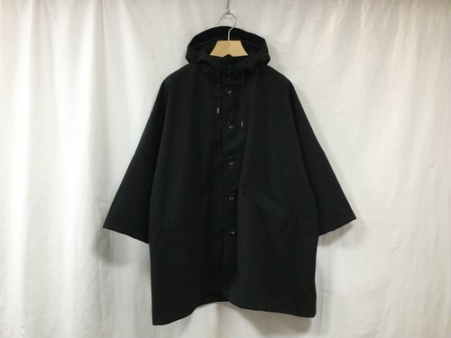 "CURLY""CRUST CAPE COAT BLACK"""