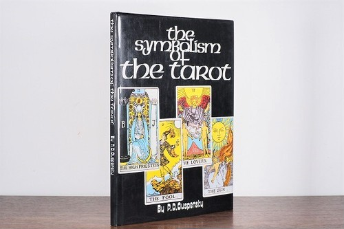 the SymBolism of the taRot /visual book