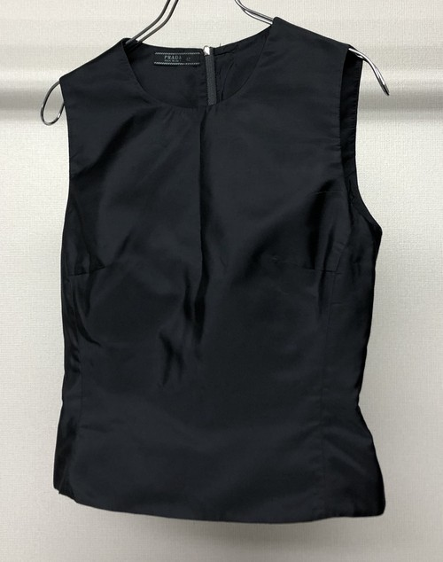 1990s PRADA SLEEVELESS TOP