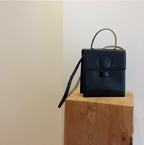 Vertical leather bag バーチカル レザー バッグ