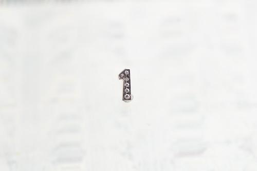 SV925 / Numéro diamant / 1