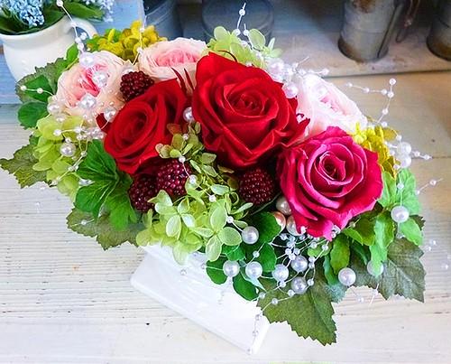 F0149) エレガントな薔薇のプリザーブドフラワー
