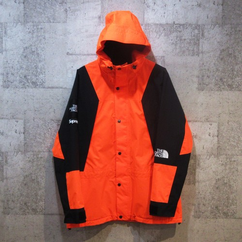 SUPREME ×TNF 16AW Mountain Light Jacket【スペシャルプライス】