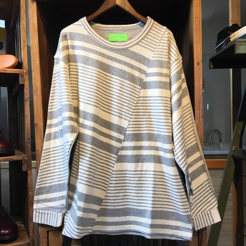 "VOO ""TRICKY BORDER L/S(WHT x GRY)"""