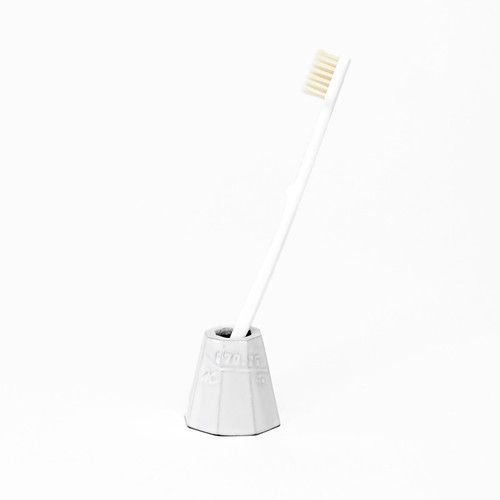 KIKOF Toothbrush holder
