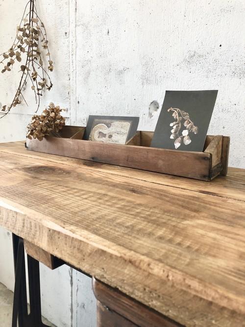 横幅のある木製カードケース[古家具]