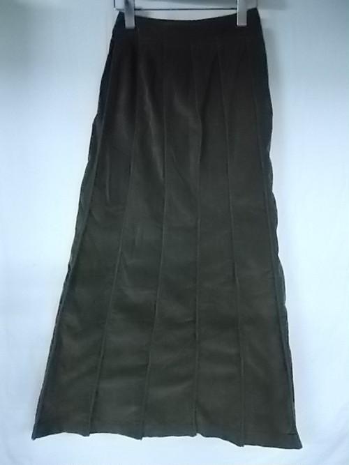 INTERLINEAIRE ちょっとコーデュロイぽいカーキ系無地のコットンロングプリーツスカート Aライン W60 総丈90 ★古着 レディース