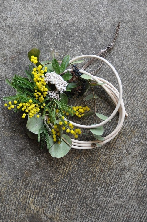 mimosa wreath no.5