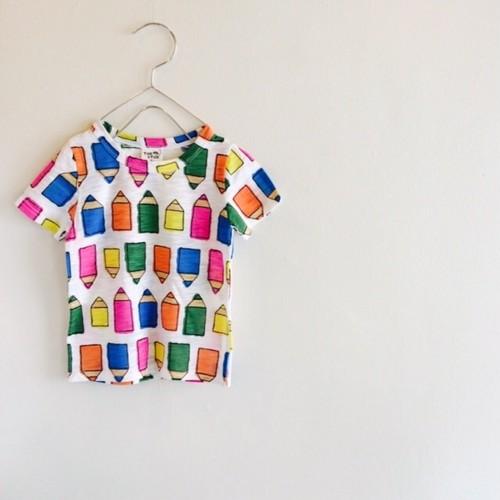 ヴィヴィッドなえんぴつTシャツ ラスト1点130サイズ