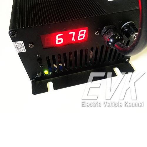 充電器(鉛蓄電池)48V15A電圧/電流表示