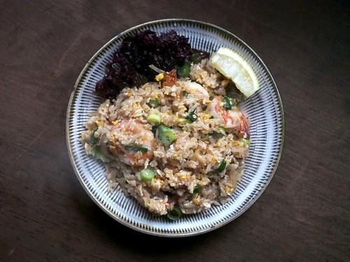 【カオパットクン】海老入りの焼き飯