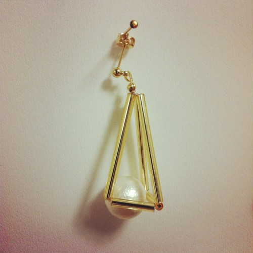 sankakusui (gold / gold / pearl)