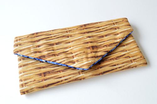 バッグのごちゃごちゃ小物をひとまとめキズ汚れも防げる・レター型 ポーチ バスケット ブルーベリー フルーツ