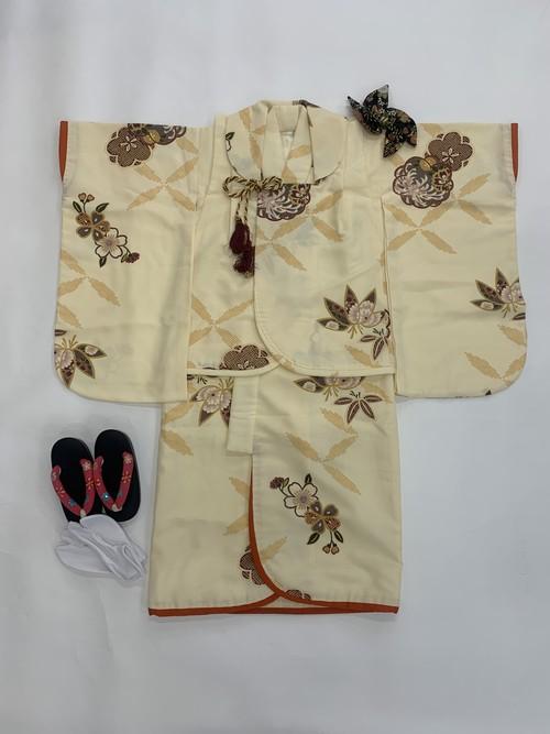 【3歳女児】七五三<レンタル> クリームイエロー着物・被布セット 桜模様