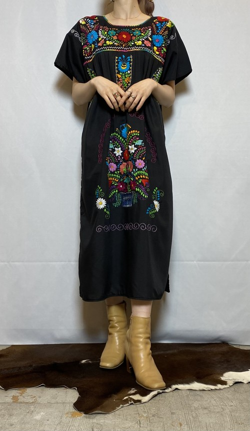 flowered pattern embroidery one-piece