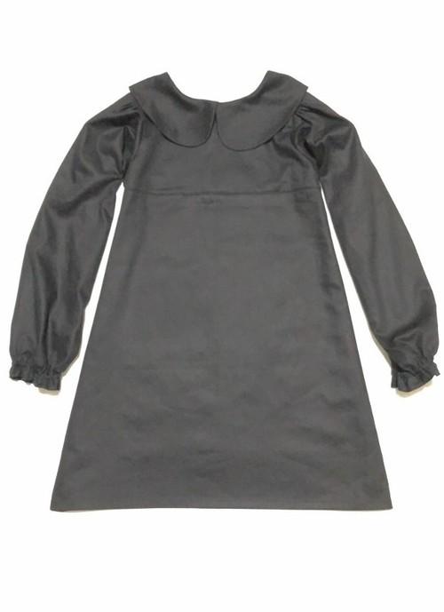 ふっくら長袖とミニ丈のバランスが可愛いシンプルな丸襟リトルブラックドレス Aライン ワンピース コットン100% 万能 一点もの
