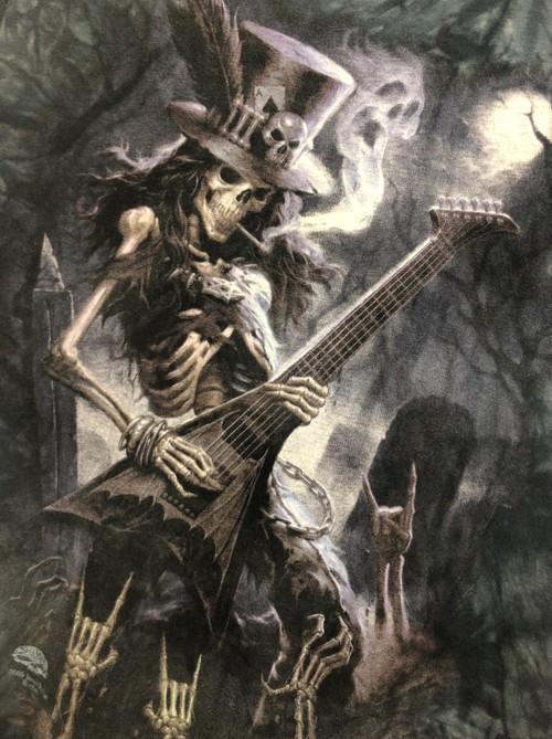2009's rock'n'roll bohemian skull tie-dye T's