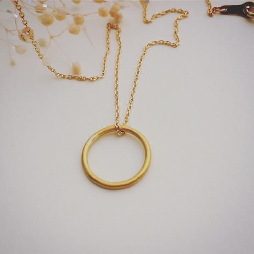 【一点限定】純金(24K)製 「幸せをつかむベビーリングネックレス」