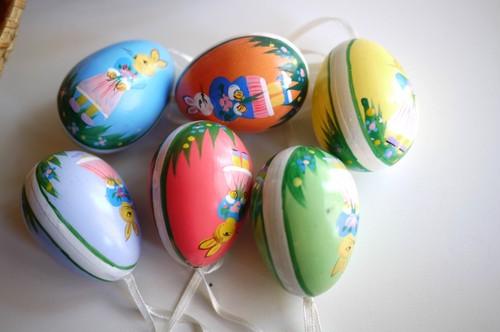 ヴィンテージ イースターエッグセット ウサギ柄手描き 6個 プラスチック ハンドペイント