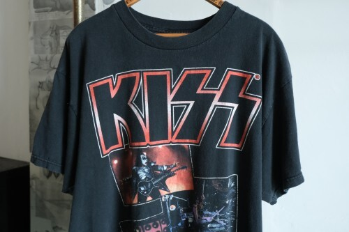 """late 00's KISS tour Tee """"IF IT'S TOO LOUD YOU'RE TOO OLD"""""""