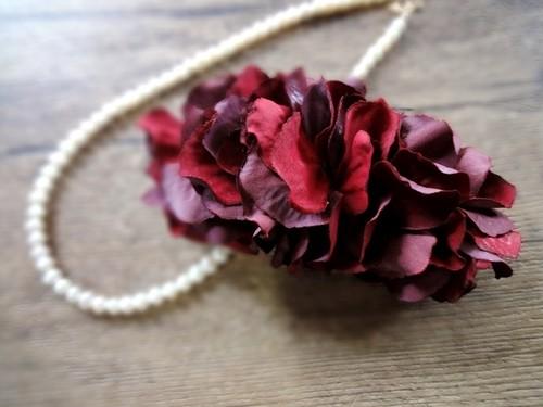 花びらのバレッタ■ふんわりシルエット ドライフラワー風秋色■バーニングレッド