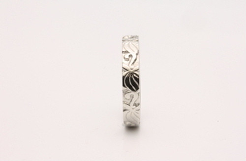 草花の模様入り 華-2 PT900