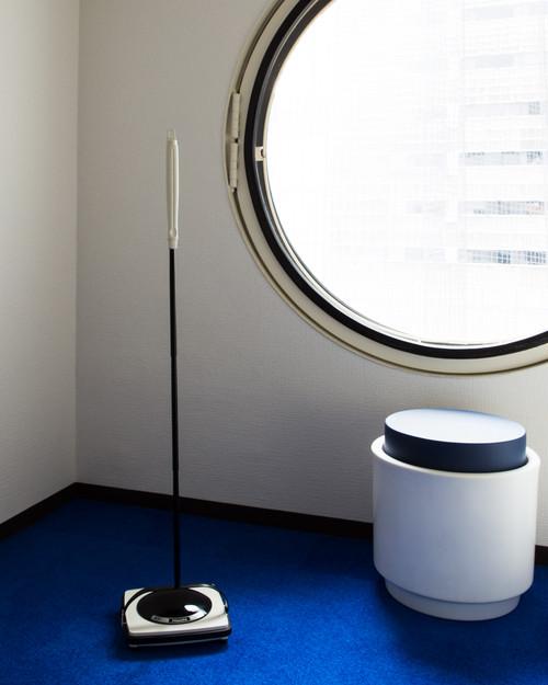 カプセルに似合う手動掃除機「Hochi(ホチ)」