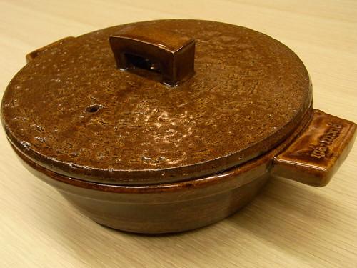 伊賀焼 長谷製陶 調理器具として使える、おしゃれな土鍋 アメ(2~3人用)