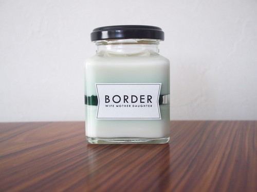 soy jell border candle_2