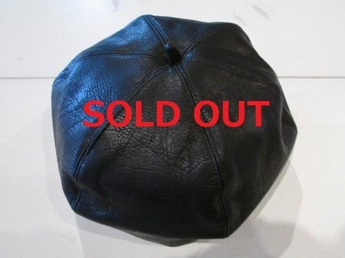 6パネル・ベレー帽 フェイクレザー ブラック