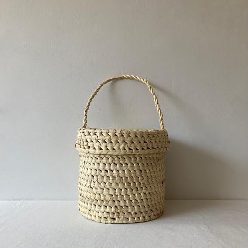 Handwoven Bucket Bag / plam