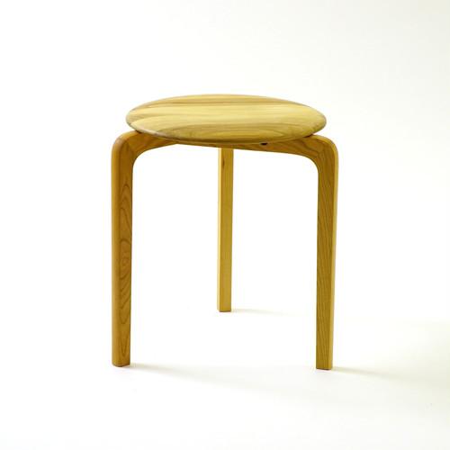 LISCIO スタックスツール(wood) (座面:オーク, 脚:チェリー)