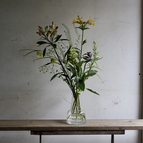 「2週間に一度のお花の定期便」お試しコース2900円×3回(送料込み。北海道、九州、沖縄、四国を除く)