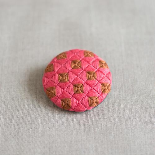 刺繍ブローチ | ドキュン