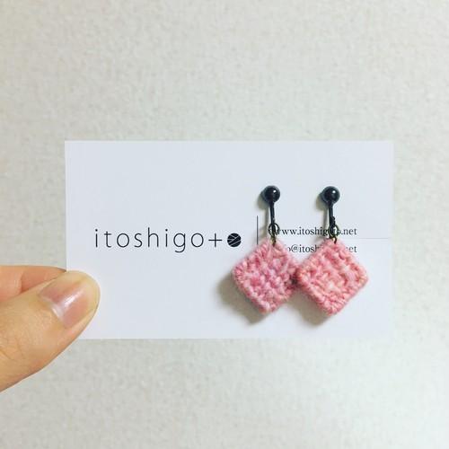 桜貝のイヤリング