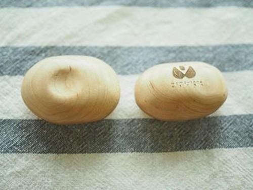 木のアロマディフューザー 木工房もものたね+ユキミドリ