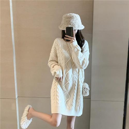 【送料無料】 冬のデートにおすすめ♡ 女っぽ シルエット ケーブル編み ニット ミニ丈 ワンピース セーター