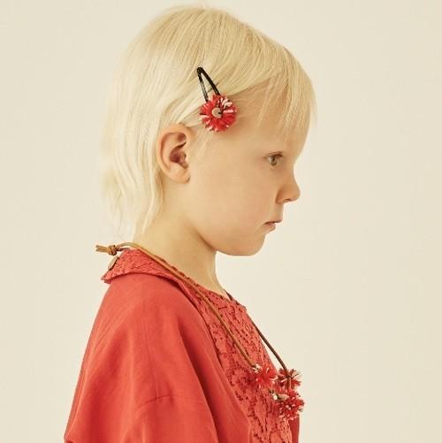 ponpon hair clip