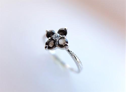 スモーキークォーツのfleurette silver ring