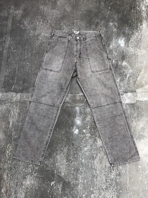 GOODENOUGH / 90's logo painter pants