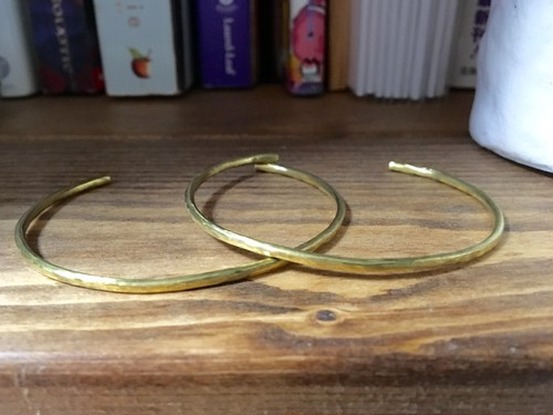 Brass rough bangle 再販