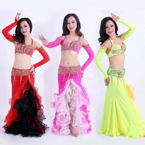 ベリーダンスオリエンタルダンス手作りビーズ4ピースブラスカートベルト手袖ベリーダンス衣装女性のためのダンスセットカスタムメイド送料無料