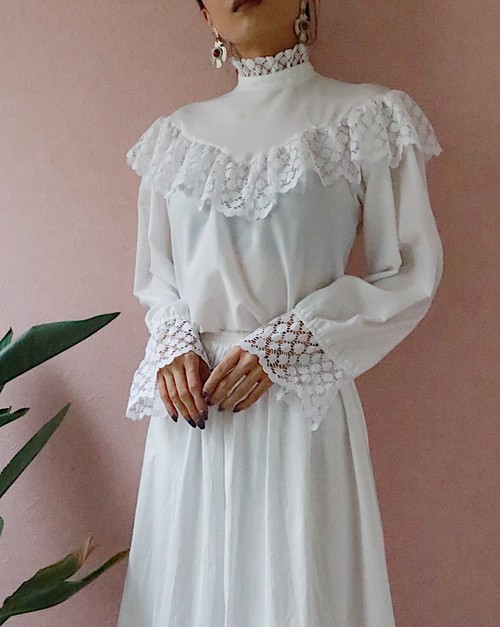 70s white lace frill blouse