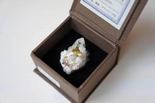 雲標本#07 ピン(水晶)