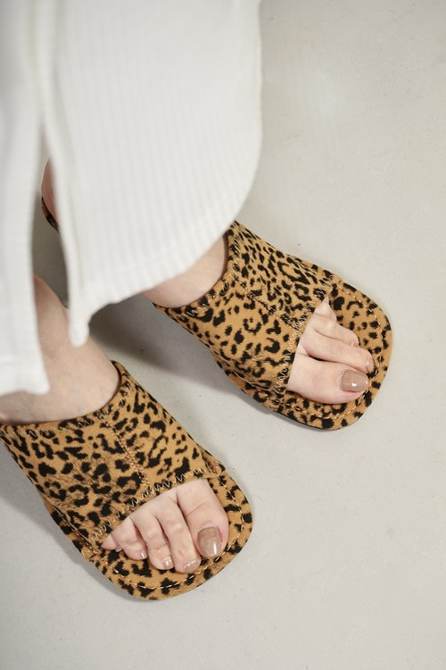 ROUNDED SQUARE  SANDALS (LEOPARD) 2102-92-61
