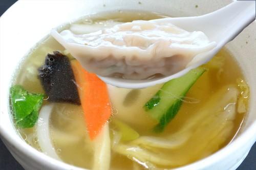 水餃子 特製スープ付